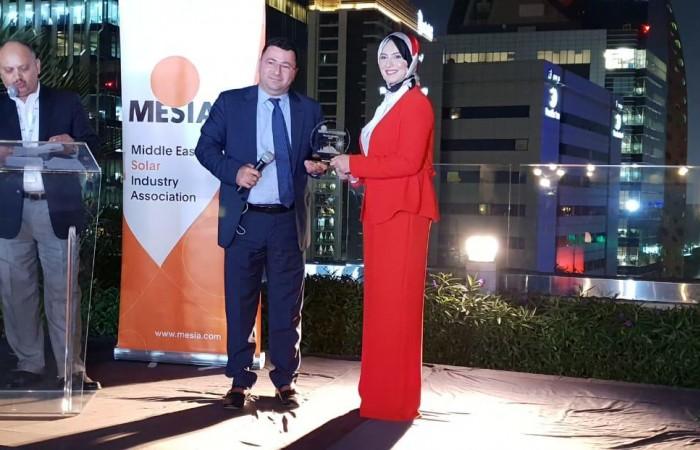 مشروع الطاقة الشمسية على أسطح المدارس الحكومية في فلسطين يحصل على جائزة أفضل مشروع على مستوى منطقة الشرق الأوسط وشمال افريقيا